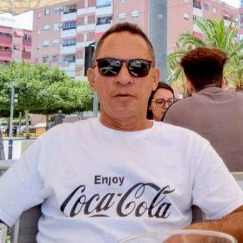 Héctor René