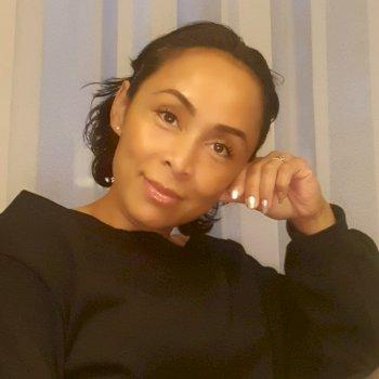 Miriam - werkt als huishoudelijke hulp in Leeuwarden