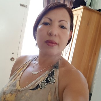 Sonia maria  - werkt als huishoudelijke hulp in Roosendaal