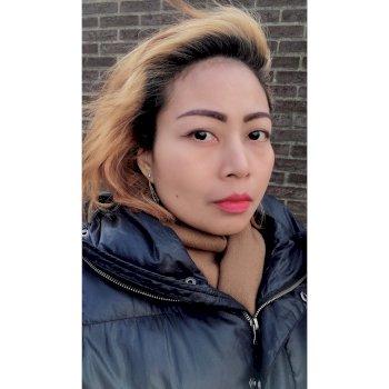ayiek - werkt als huishoudelijke hulp in Amsterdam