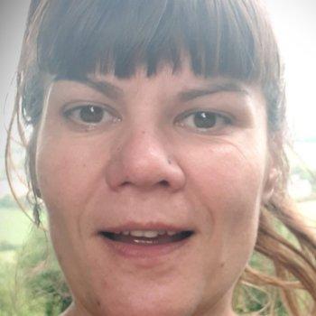 Mellanie - werkt als huishoudelijke hulp in Nijmegen