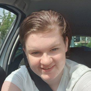 danielle - werkt als huishoudelijke hulp in Hardinxveld-Giessendam