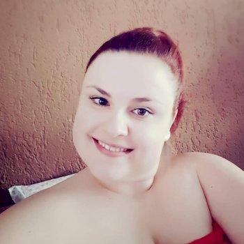 Charlotte - werkt als huishoudelijke hulp in Holtum