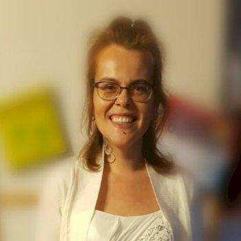 Roos - werkt als huishoudelijke hulp in Helmond