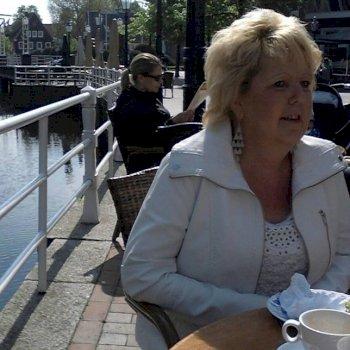 Johanna - werkt als huishoudelijke hulp in Groningen