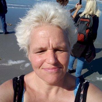 Grieta - werkt als huishoudelijke hulp in Groningen