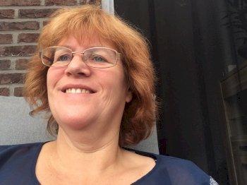 Karin - werkt als huishoudelijke hulp in Assendelft