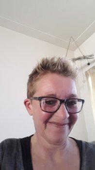 Eefie - werkt als huishoudelijke hulp in Beek en Donk