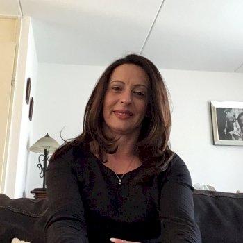 Aida - huishoudelijke hulp in Enschede