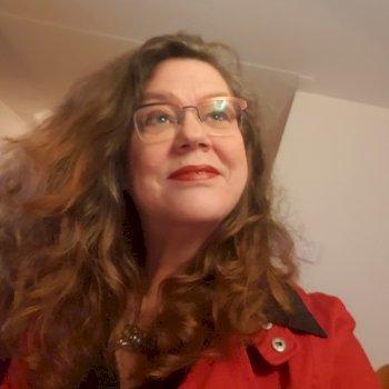 Herma - werkt als huishoudelijke hulp in Hasselt